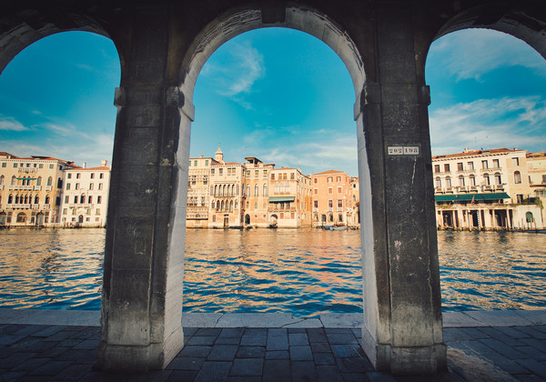 Under the arches of Rialto Canal in  Venice  Canvas Print by federico stevanin
