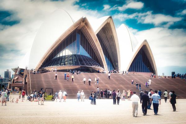 Sydney Opera House Canvas Print by federico stevanin