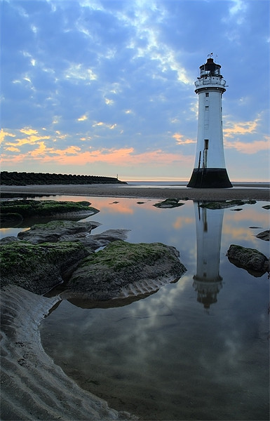 Lighthouse at Perch Rock Canvas print by Wayne Molyneux