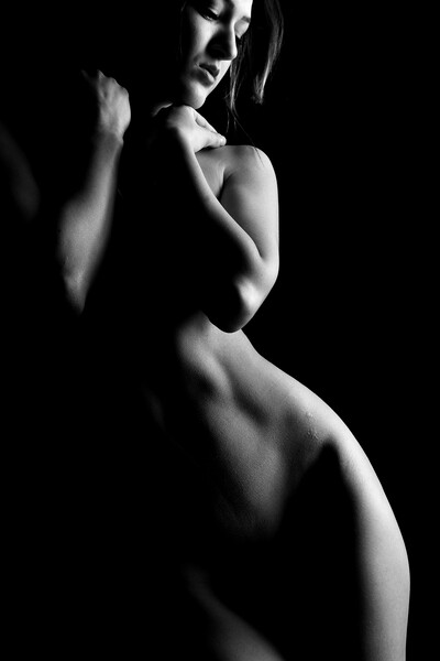 black and white bodyscape of nude girl Framed Mounted Print by Alessandro Della Torre