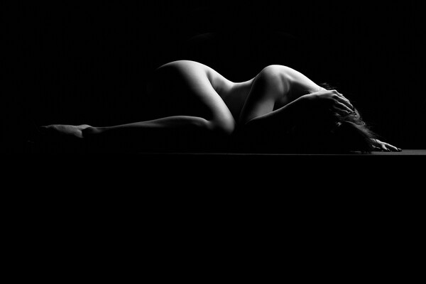 nude bodyscape of a naked woman laying down Framed Mounted Print by Alessandro Della Torre