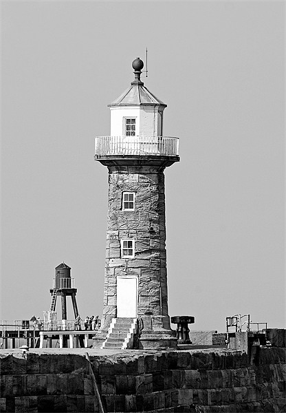 Whitby Lighthouse Canvas print by Nige Morton