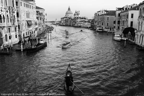 Grand Canal in Venice (black & white) Print by Chun Ju Wu