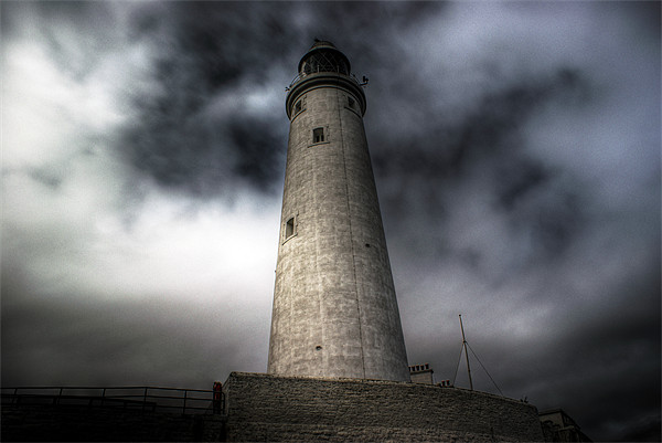 St Marys Lighthouse Canvas print by George Young