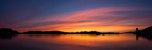 Oban Sunset Canvas print by James Buckle