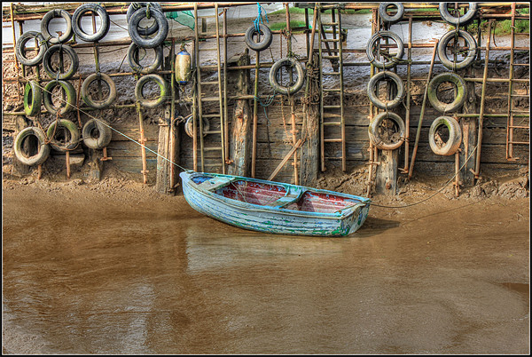 Tyred Boat 2013 Canvas print by Martin Parkinson