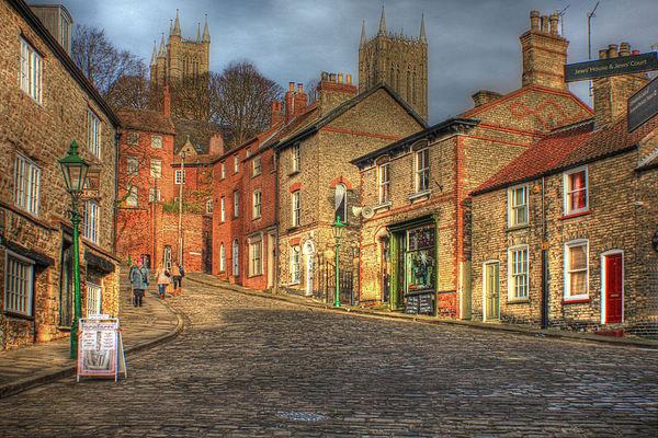 Steep Street Lincoln 2013 Canvas print by Martin Parkinson