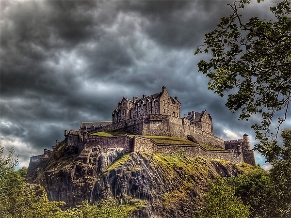 Edinburgh Castle Scotland Canvas print by Finan Fine Art Prints