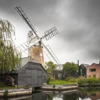 Buy canvas prints of  Hunsett Mill, Norfolk by Stephen Mole