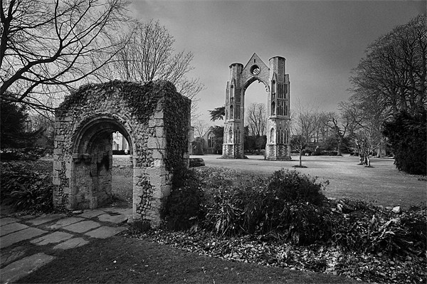 Walsingham Abbey Canvas print by Stephen Mole