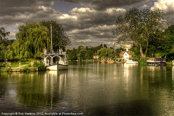 The River Thames at Streatley Canvas print by Rob Hawkins