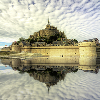 Buy canvas prints of Mont St Michel by Rob Hawkins