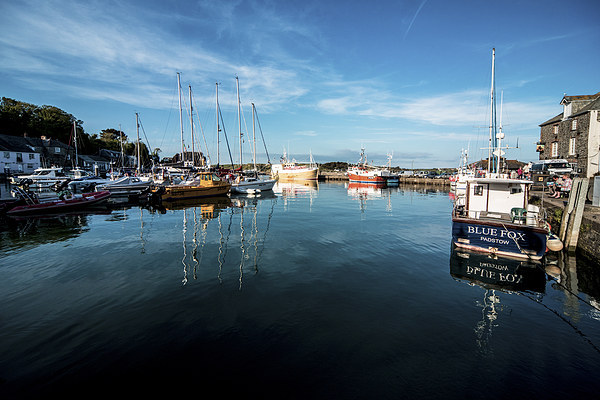 Padstow Harbour Canvas Print by Rob Hawkins