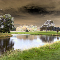 Buy canvas prints of Holkham Hall by les tobin