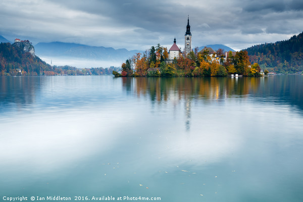 Autumn colours at Lake Bled Canvas print by Ian Middleton