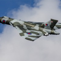 Buy canvas prints of Avro Vulcan Bomber XH558 by Aviation Prints