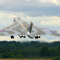 Buy canvas prints of XH558 Avro Vulcan Bomber by Aviation Prints