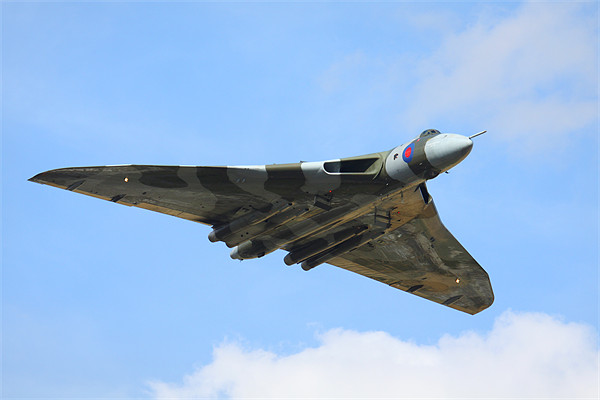 Avro Vulcan XH558 Bomb bay open Canvas print by Aviation Prints
