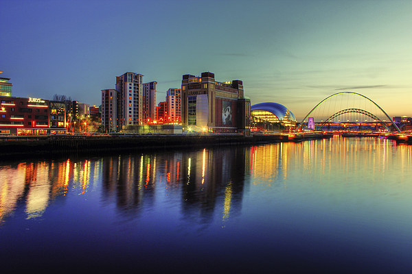 Reflecting on the Tyne Canvas print by Toon Photography