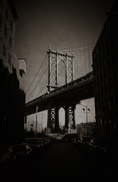 Manhattan Bridge, Iconic. Framed Mounted Print by Toon Photography