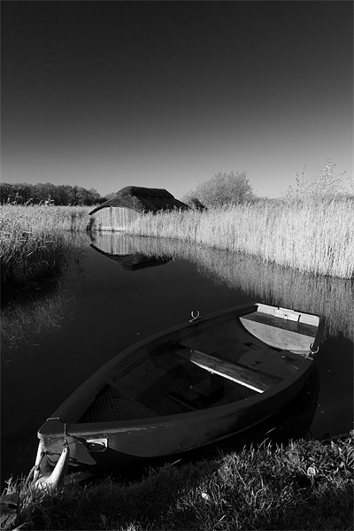 Hickling Rowing Boat Canvas Print by Simon Wrigglesworth