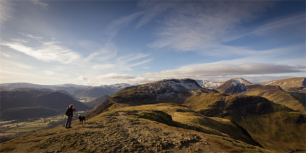 Onwards to Hindscarth Canvas Print by Simon Wrigglesworth