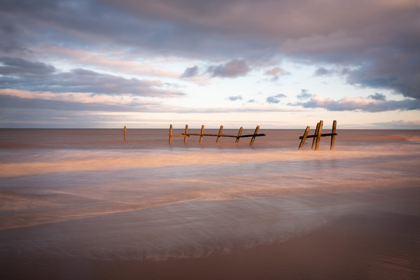 Norfolk coastal sunset Canvas print by Simon Wrigglesworth