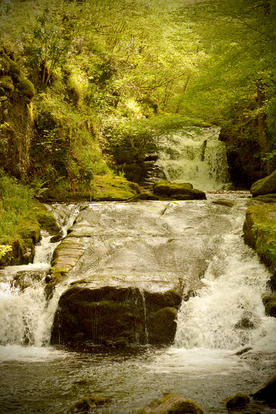 Watersmeet Falls Framed Mounted Print by graham young
