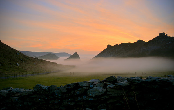 Sunset at The Valley of Rocks Canvas Print by graham young