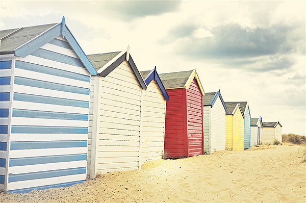 Sunny southwold - Beach huts Canvas print by Vicki Huckle