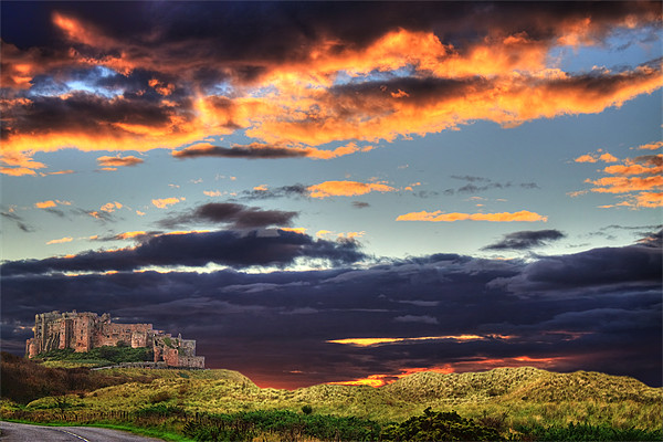 Bamburgh Castle At Sunset Canvas print by Ian Jeffrey