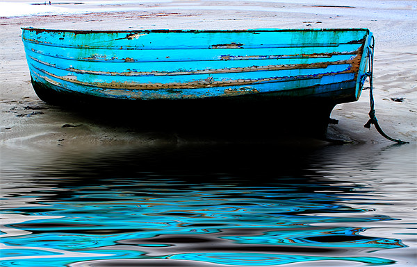 Blue Boat at Beadnell Beach Canvas print by Ian Jeffrey