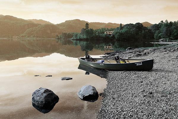 Derwent water Cumbria Canvas print by Tony Bates