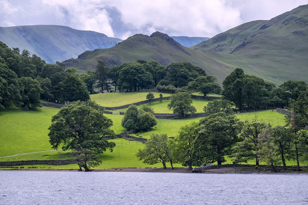 Ullswater lake district Cumbria Canvas print by Tony Bates