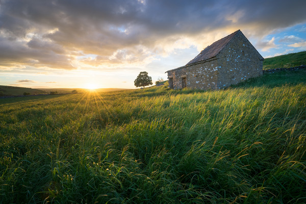 Wetton Barn Sunset  Canvas Print by James Grant