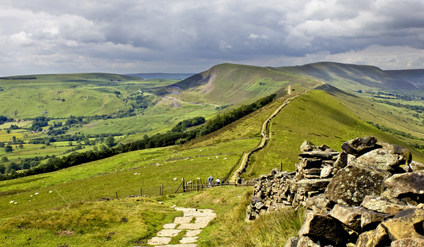 The Great Ridge  Canvas Print by Darren Burroughs
