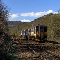 Buy canvas prints of  Hebden bridge DMU by Colin irwin