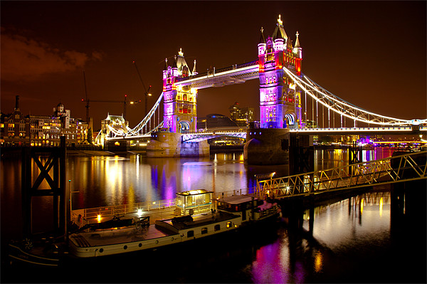 Tower Bridge - New Clothes Canvas print by peter tachauer