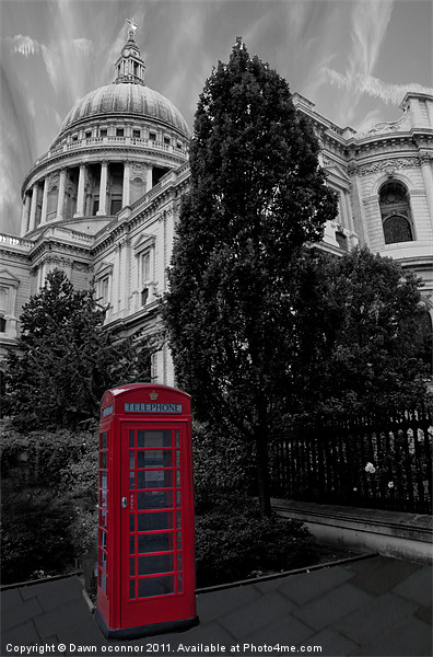 London Telephone Box Canvas print by Dawn O'Connor