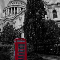 Buy canvas prints of London Telephone Box by Dawn O'Connor