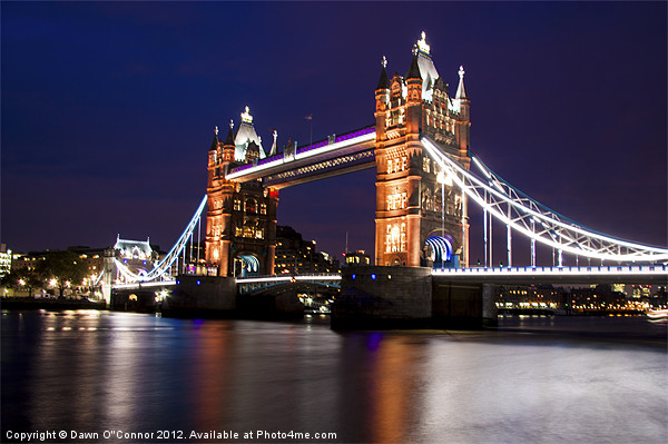 Tower Bridge at Night Canvas print by Dawn O'Connor