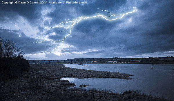River Medway Lightning Canvas print by Dawn O'Connor