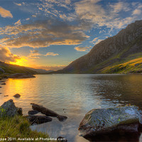 Buy canvas prints of Llyn Ogwen by Rory Trappe