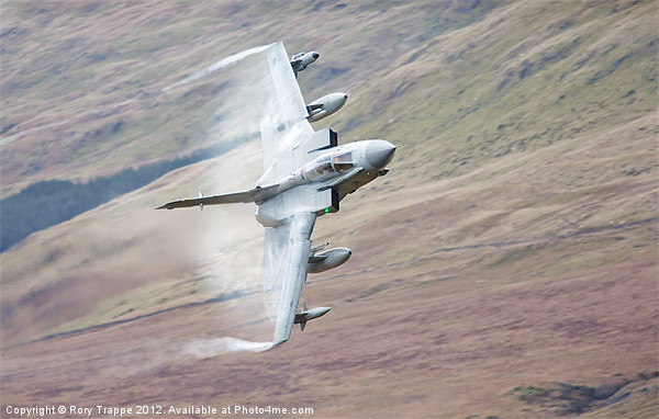 Gr4 on a low level approach Canvas print by Rory Trappe