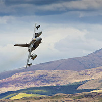 Buy canvas prints of RAF Tornado Gr4 by Rory Trappe