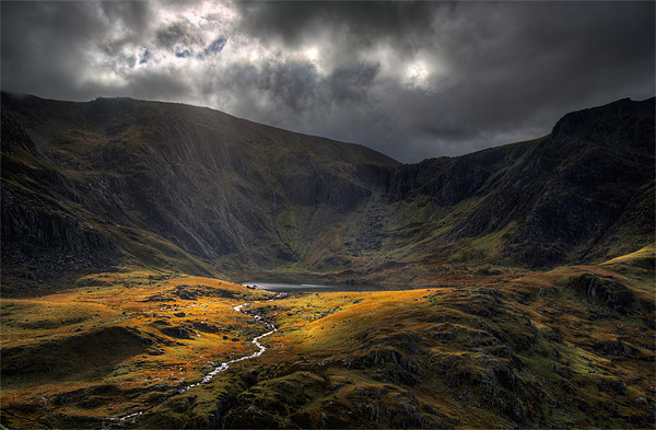 The river from Llyn Idwal Canvas Print by Rory Trappe