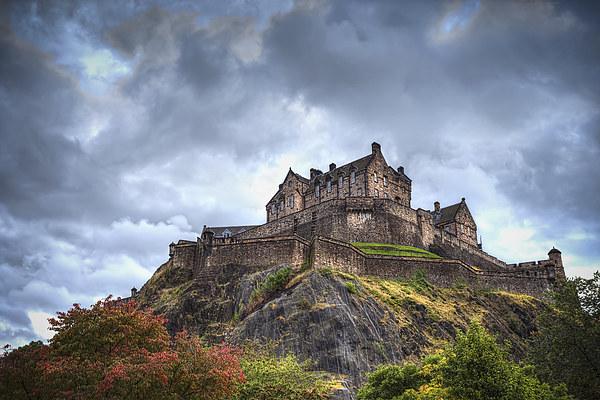 Edinburgh Castle Canvas print by Kevin Tate