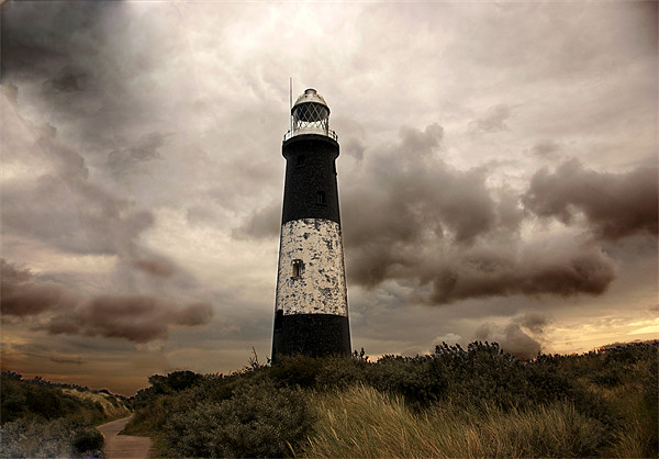 The Old Lighthouse - Spurn Point Canvas print by Trevor Kersley