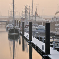 Buy canvas prints of Frosty Freeport by Jason Connolly
