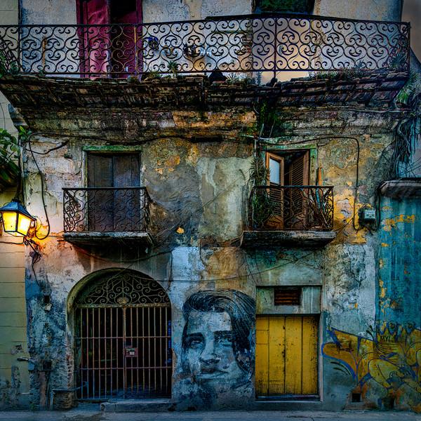 Havana Habitat Canvas Print by Chris Lord